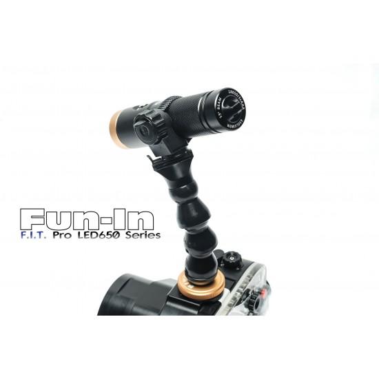 F.I.T. LED650 与 热靴蛇腹灯臂组 (散光)